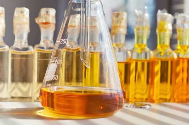 OIL ANALYSIS AND TRIBOLOGY