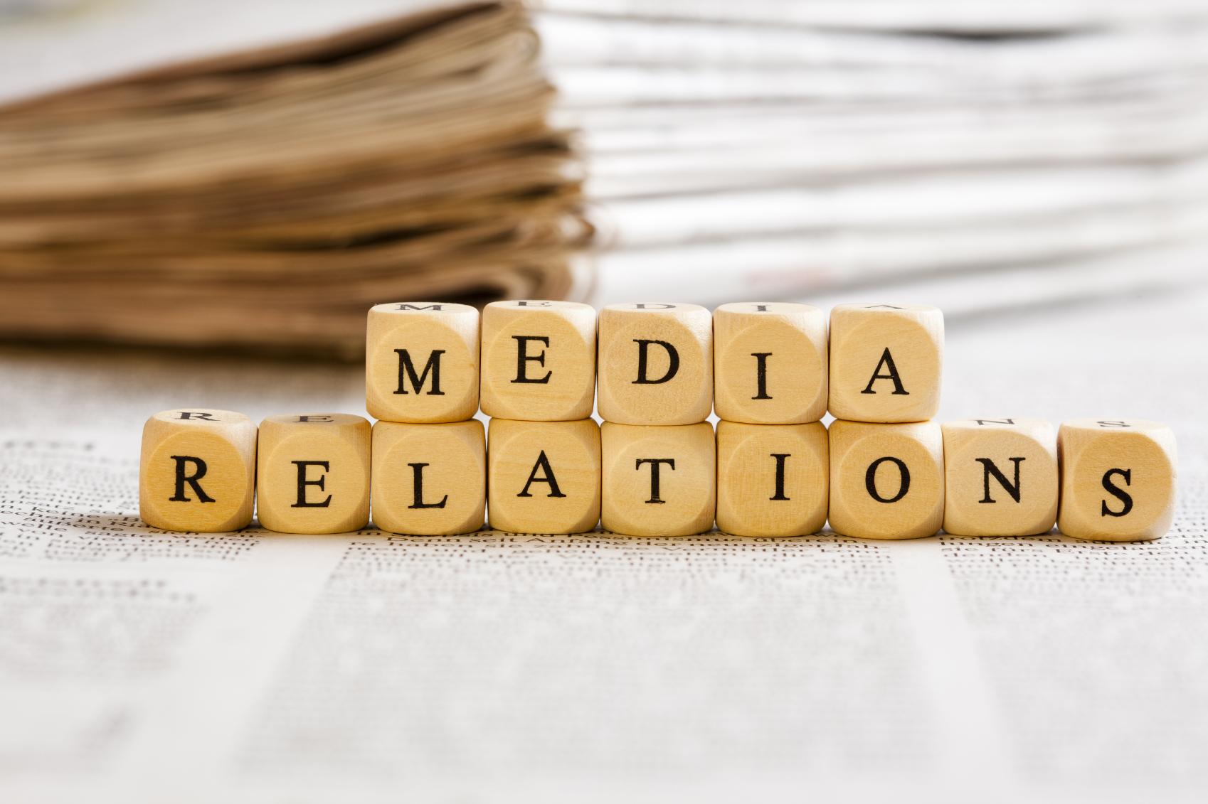PELATIHAN MEDIA RELATIONS