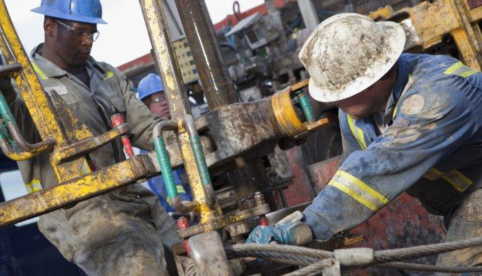 PELATIHAN Basic Drilling Engineering & Environmental Safe Drilling Practice